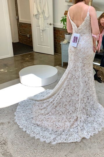 Allure Bridals Champagne/Ivory Lace & Gown Never Worn Feminine Wedding Dress Size 8 (M) Image 4