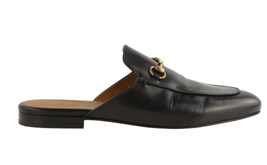 Preload https://img-static.tradesy.com/item/25824337/gucci-black-princetown-leather-slipper-flats-size-eu-41-approx-us-11-regular-m-b-0-1-540-540.jpg