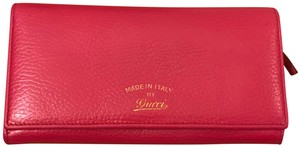 Gucci Continental Swing Wallet