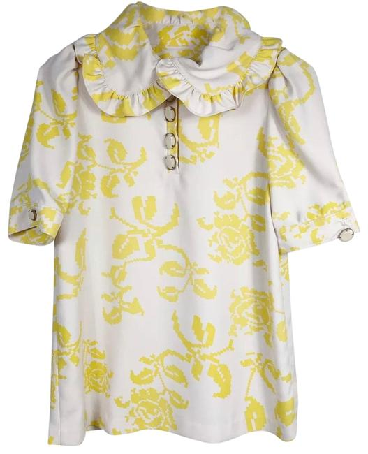 Preload https://img-static.tradesy.com/item/25824937/karta-yellow-and-white-vintage-collar-floral-print-short-sleeve-blouse-size-4-s-0-1-650-650.jpg