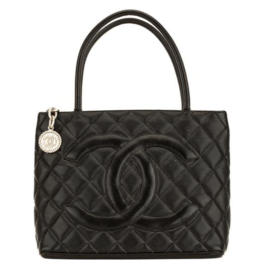 Preload https://img-static.tradesy.com/item/25824984/chanel-quilted-medallion-4066012-black-caviar-tote-0-0-540-540.jpg