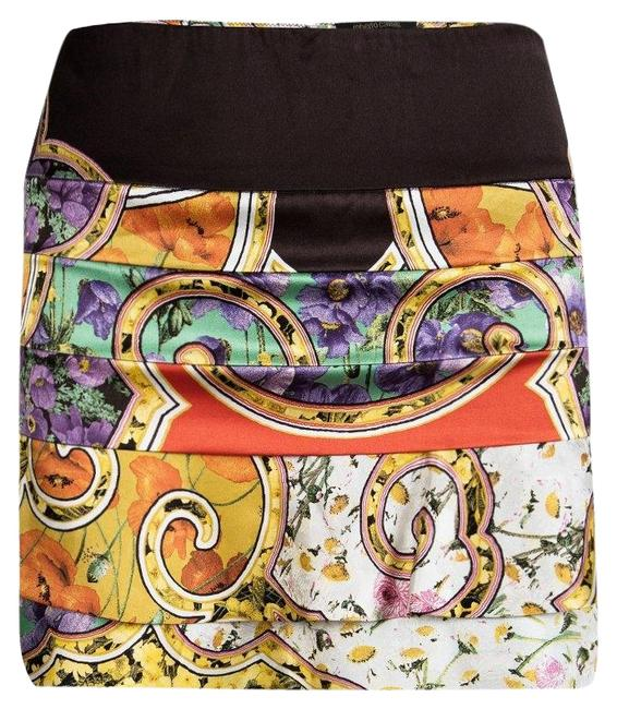 Preload https://img-static.tradesy.com/item/25825026/roberto-cavalli-multicolor-floral-printed-silk-tiered-s-skirt-size-6-s-28-0-1-650-650.jpg