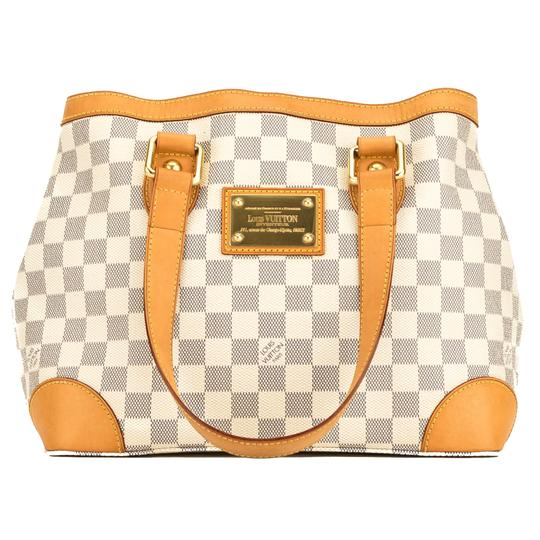 Preload https://img-static.tradesy.com/item/25825102/louis-vuitton-hampstead-damier-azur-pm-4092018-white-tote-0-0-540-540.jpg