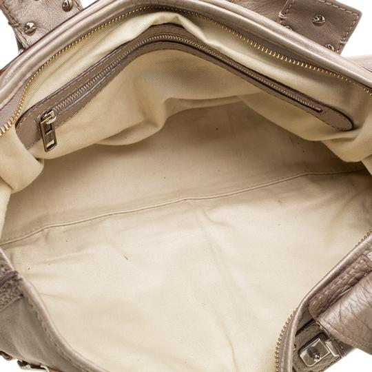 Chloé Leather Metallic Tote in Beige Image 8