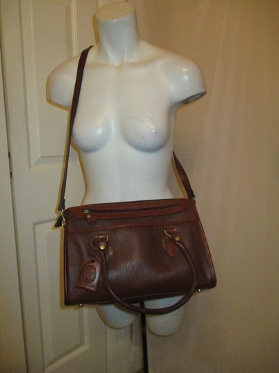 Liz Claiborne Vintage Pebbled Leather Shoulder Oneam002 Satchel in brown Image 1