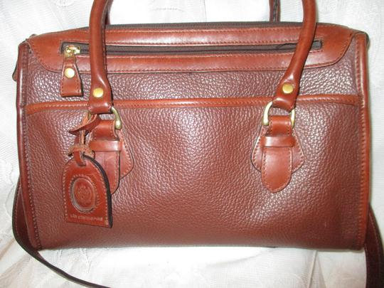 Liz Claiborne Vintage Pebbled Leather Shoulder Oneam002 Satchel in brown Image 2