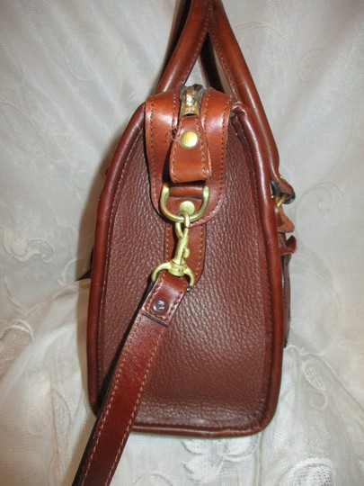 Liz Claiborne Vintage Pebbled Leather Shoulder Oneam002 Satchel in brown Image 4