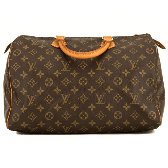 Preload https://img-static.tradesy.com/item/25825434/louis-vuitton-speedy-monogram-35-4134002-brown-tote-0-0-540-540.jpg