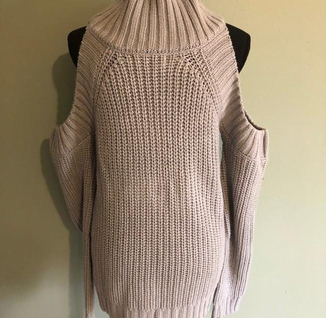 Chloe's Sweater Image 4
