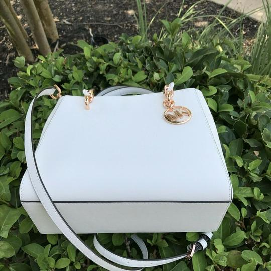 Michael Kors Tote in White Image 2