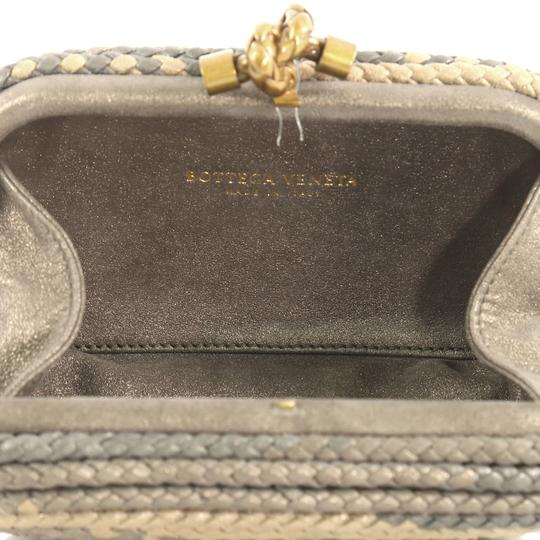 Bottega Veneta Knot neutral and gray Clutch Image 5