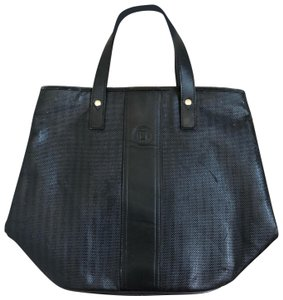 official photos c2b0a fa9d9 Fendi Totes on Sale - Up to 70% off at Tradesy