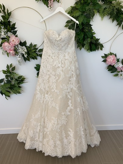 Preload https://img-static.tradesy.com/item/25827308/pronovias-off-white-and-beige-tulle-lace-onia-traditional-wedding-dress-size-12-l-0-0-540-540.jpg