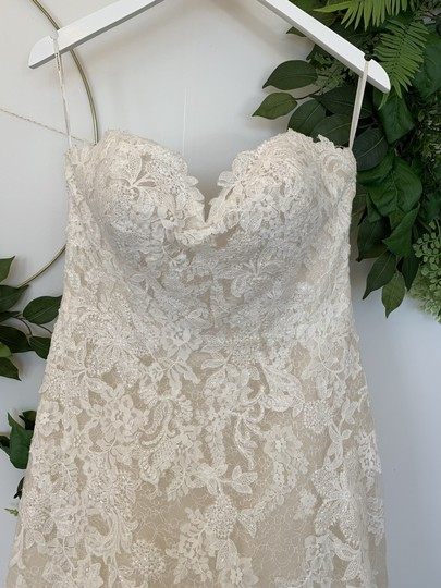 Pronovias Off White and Beige Tulle Lace Onia Traditional Wedding Dress Size 12 (L) Image 1