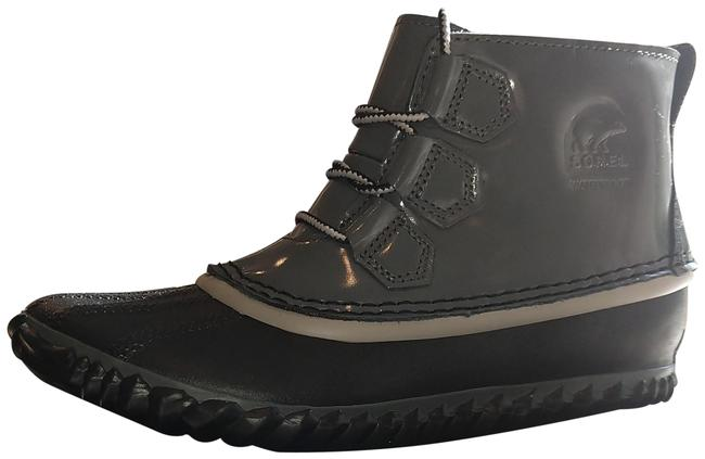Item - Grey Out 'n About Boots/Booties Size US 7 Regular (M, B)