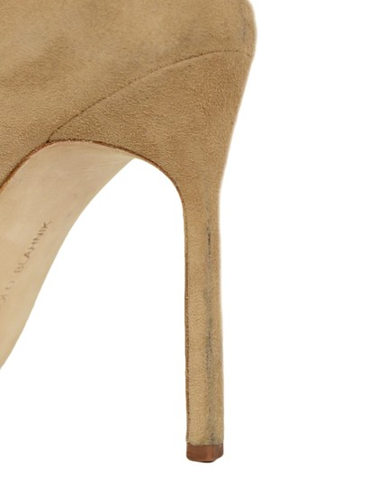 Manolo Blahnik Pointed Suede Nude Pumps Image 7