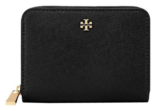 Preload https://img-static.tradesy.com/item/25829163/tory-burch-black-emerson-saffiano-leather-zip-coin-case-wallet-0-1-540-540.jpg