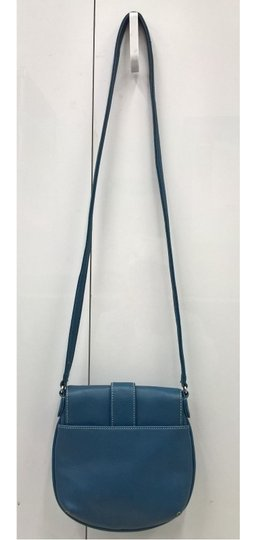 Liz Claiborne Cross Body Bag Image 3
