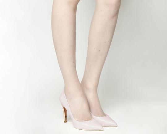 TED BAKER ivory AND ROSE GOLD Pumps Image 1