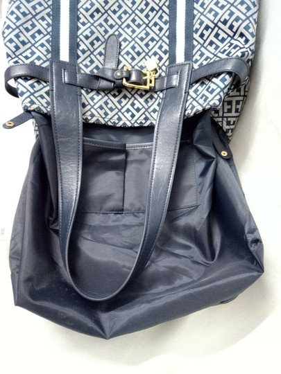 Tommy Hilfiger Tote in Blue, white Image 8