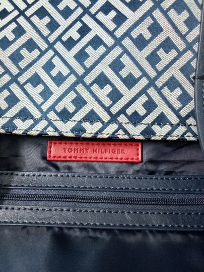 Tommy Hilfiger Tote in Blue, white Image 9