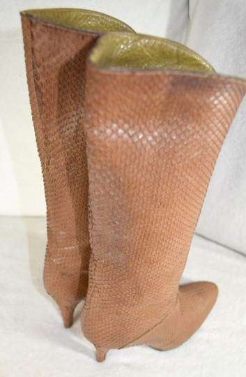 Susan Bennis/Warren Edwards Snakeskin Italian Made In Italy Brown Boots Image 2