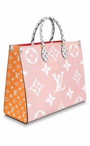Louis Vuitton Tote in pink red