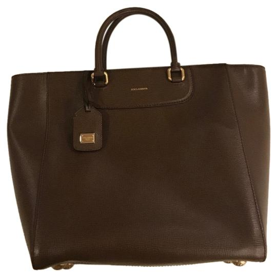 Preload https://img-static.tradesy.com/item/25831475/dolce-and-gabbana-shopping-tote-lucia-ocean-medium-brown-leather-satchel-0-1-540-540.jpg