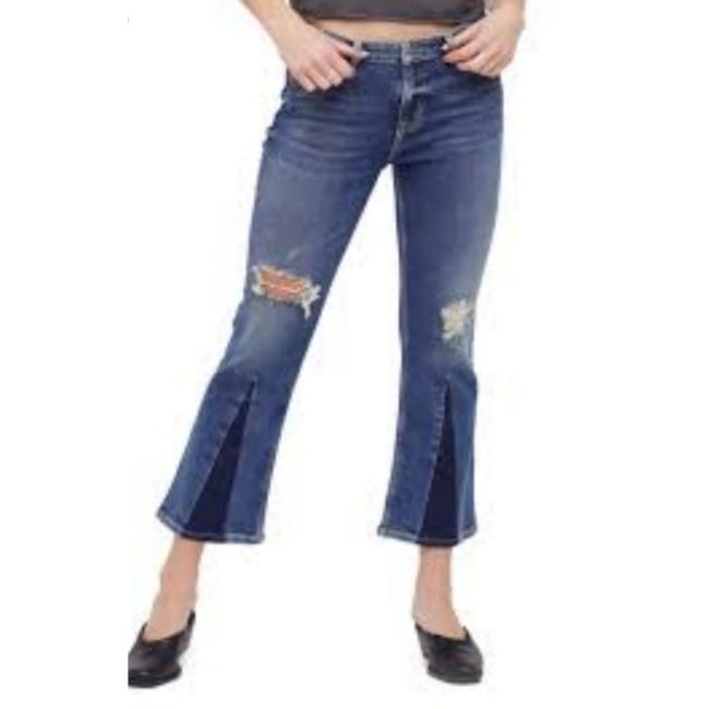 Item - Distressed Lt Capri/Cropped Jeans Size 27 (4, S)