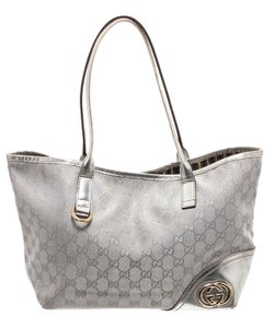 Gucci Tote in Metallic Silver