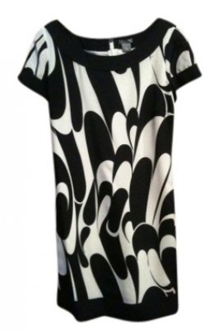 Preload https://item3.tradesy.com/images/ann-taylor-navy-and-white-silk-sheath-mini-workoffice-dress-size-petite-8-m-25832-0-0.jpg?width=400&height=650