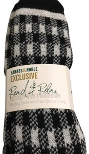 Barnes & Noble Black/White Check Reading Sock