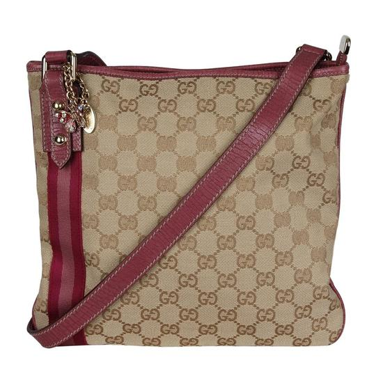 Preload https://img-static.tradesy.com/item/25833085/gucci-webby-excellent-condition-flat-monogram-gg-6920-brown-canvas-cross-body-bag-0-1-540-540.jpg
