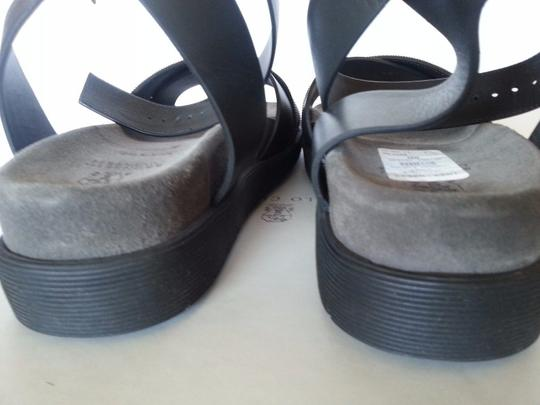 Brunello Cucinelli Black Sandals Image 3