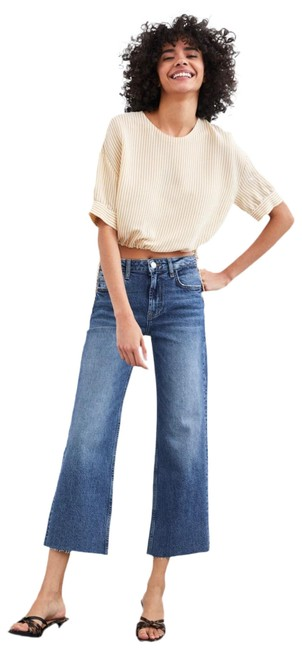 Preload https://img-static.tradesy.com/item/25833434/zara-cropped-blouse-size-8-m-0-1-650-650.jpg