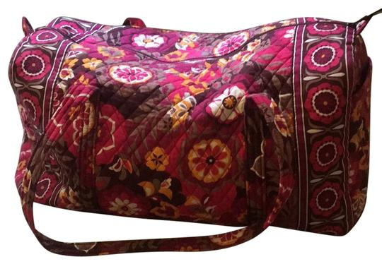 Preload https://img-static.tradesy.com/item/25833552/vera-bradley-duffle-duffletravel-maroon-orange-white-brown-cotton-blend-weekendtravel-bag-0-1-540-540.jpg