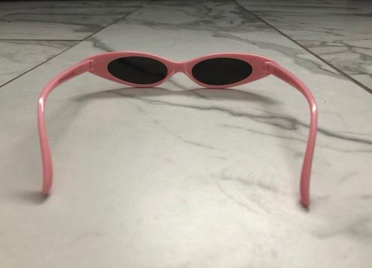 Unbranded pink sunglasses/ small tiny narrow sunglasses/ summer festival trends/ baby pink sunnies/ pink shades Image 3