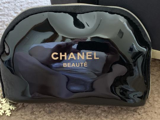 Chanel Beaute Brand New Tote/Chanel No. 5-FULL SIZE BOTTLE-And Other Beauty Products Image 4