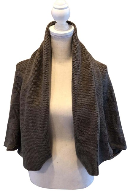 Item - Taupe Cropped Sweater Poncho/Cape Size 4 (S)
