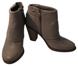 7a269957dbd Jessica Simpson Boots & Booties 8.5 Up to 90% off at Tradesy