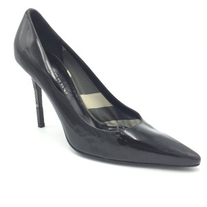 Burberry Pointed Heel Silver Black Pumps