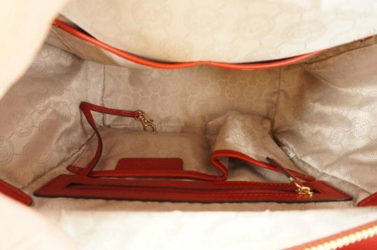 Michael Kors Logo Plaque Small Tote in Red Image 2