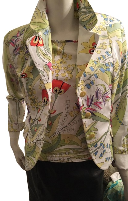 Preload https://img-static.tradesy.com/item/25834182/averardo-bessi-whitefloral-print-cotton-jacket-and-matching-teeblouse-combo-by-button-down-top-size-0-2-650-650.jpg