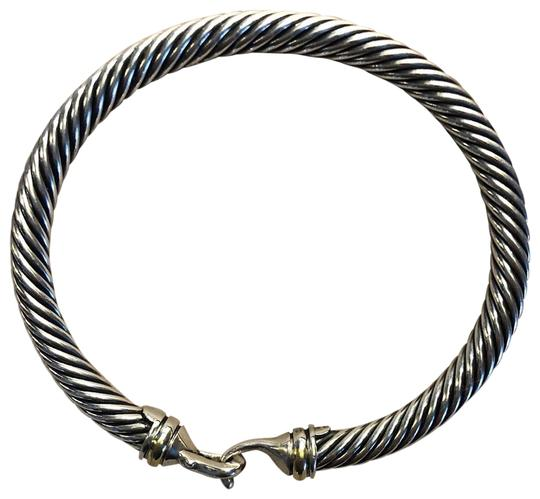 Preload https://img-static.tradesy.com/item/25834257/david-yurman-sterling-silver-and-18k-gold-cable-with-hook-clasp-bracelet-0-1-540-540.jpg