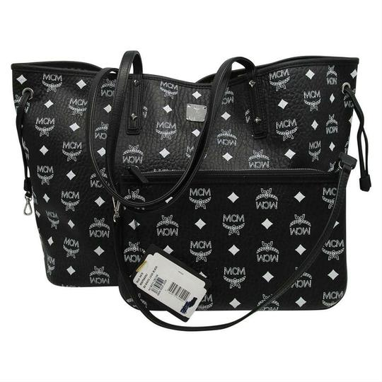 MCM Shopper Shopping Pouch Shoulder Tote in Black Image 3