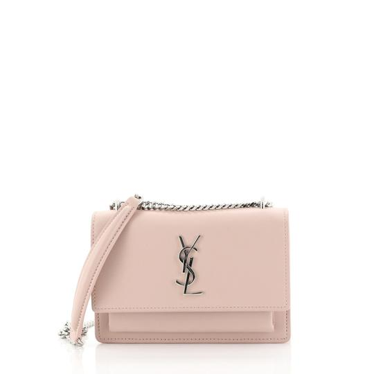 Preload https://img-static.tradesy.com/item/25834345/saint-laurent-chain-wallet-sunset-pink-leather-shoulder-bag-0-0-540-540.jpg