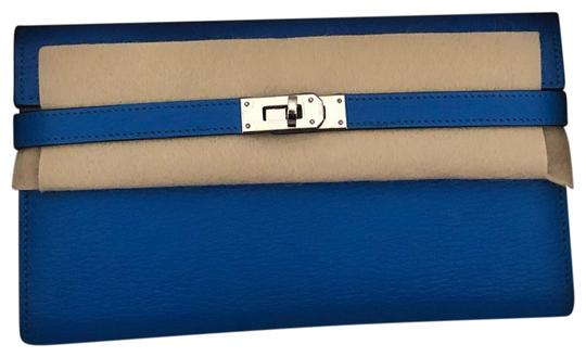 Preload https://img-static.tradesy.com/item/25834371/hermes-kelly-classic-wallet-blue-hydra-leather-wristlet-0-1-540-540.jpg
