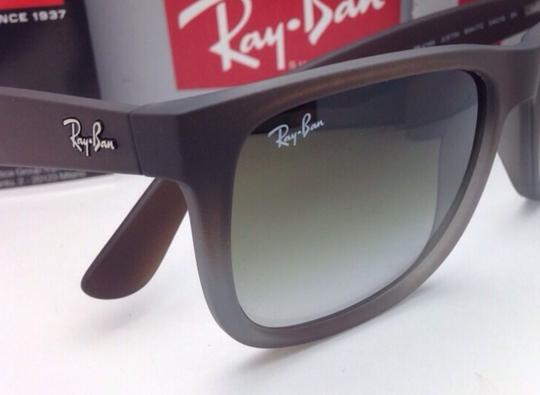 Ray-Ban Ray-Ban Sunglasses JUSTIN RB 4165 854/7Z Rubber Brown on Grey Frames Image 7