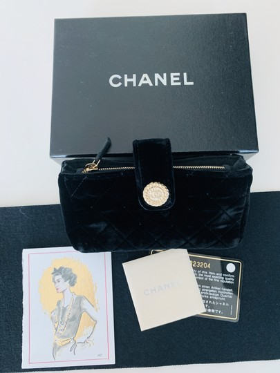 Chanel Quilted Flap Gold Black Clutch Image 2