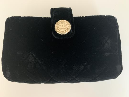 Chanel Quilted Flap Gold Black Clutch Image 5